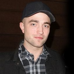Robert Pattinson Joins Maps to the Stars Alongside Julianne Moore and John Cusack | 'Cosmopolis' - 'Maps to the Stars' | Scoop.it