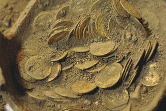 Le monete d'oro di S. Mamiliano tornano in mostra a Sovana | LVDVS CHIRONIS 3.0 | Scoop.it