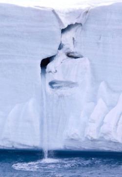 Adramatic picturetaken by Michael Nolan has been... | Earth Citizens Perspective | Scoop.it