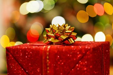 Reasons to choose perfume as a Christmas gift - ReasonsTo.com.au | Perfume Online | Scoop.it