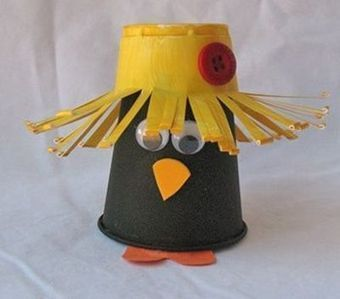 Plastic Cup Crow | Craftspo | Scoop.it