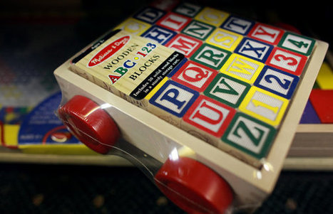 Traditional Toys May Beat Gadgets in Language Development | Magpies and Octopi | Scoop.it