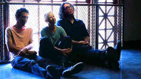VIDEO : Yo La Tengo's Tiny Desk Concert For NPR | Why Music Sounds Good | Scoop.it