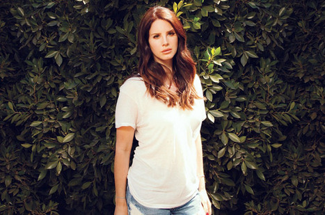 Lana Del Rey Explains Her Song 'F—ked My Way Up to the Top' - Billboard | Lana Del Rey - Lizzy Grant | Scoop.it