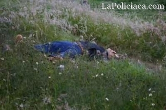 Blog del Narco: Body found of a man in Mexico-Puebla Highway - Hispanically Speaking News (blog)   mexican drug wars   Scoop.it