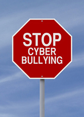 Cyberbullying Does Not Discriminate by Class - PsychCentral.com   cyberbullying   Scoop.it