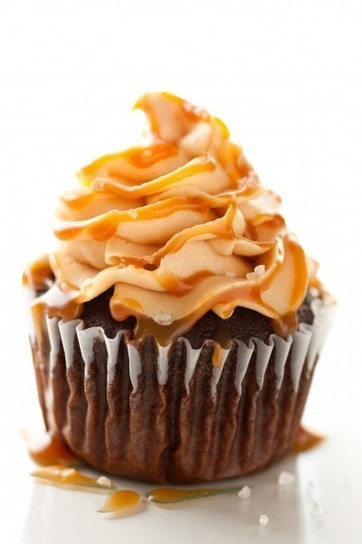 Chocolate Cupcakes with Salted Caramel Frosting   Tiffany   Scoop.it