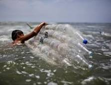 Plastic tide 'causing $13 bn in damage', UN says | Waste Management & Technology | Scoop.it