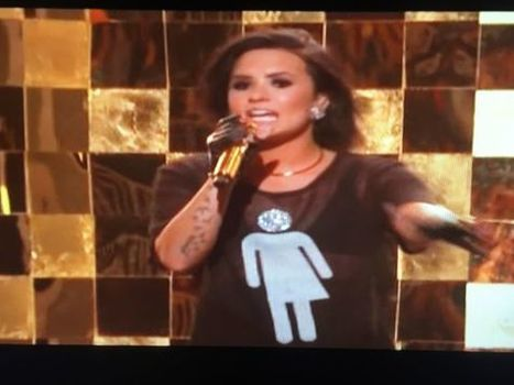 Demi Lovato Wears Support For Trans Community During Billboard Awards - Shirt Sales Beneficiaries include Time Out Youth | LGBT Community Centers | Scoop.it