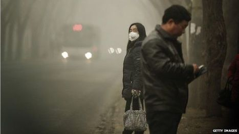 "China smog: ""The air is so polluted it's darkened the sky"" - BBC News 
