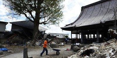 [photos] Quatre mois après le tsunami, la vie reprend à Ishinomaki   L'Expansion   Japon : séisme, tsunami & conséquences   Scoop.it