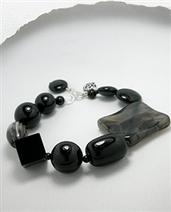 Black Agate Bracelet | Handcrafted Sterling Silver Jewelry | Scoop.it