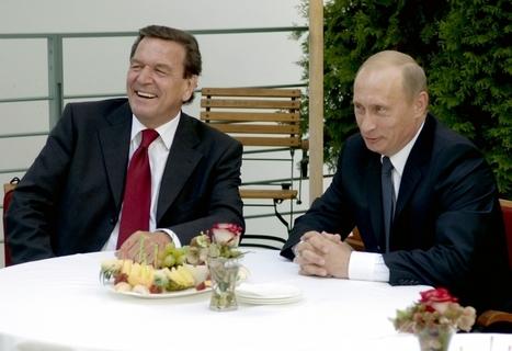 Germany Embarrassed by Gerhard Schroeder's 'Tasteless' Hugs with Vladimir Putin | Business Video Directory | Scoop.it