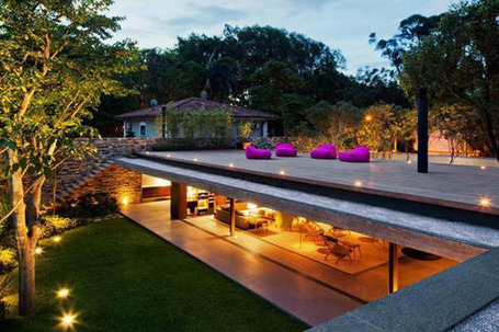Modern wall-less house in Brazil: a simpler sense of style | Modern House Designs | What Surrounds You | Scoop.it