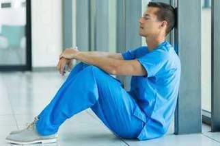 Quand les stages en soins infirmiers conduisent au doute | Soins infirmiers (actualités) | Scoop.it