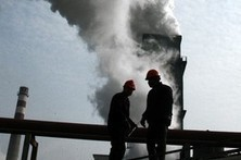 China targets the cheap use of resources that has let industry boom but choked the air | Sustain Our Earth | Scoop.it