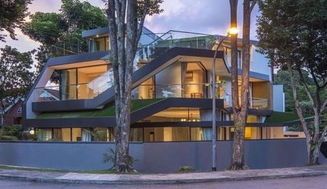 Des terrasses en pelouse pour verdir cette maison urbaine de Singapour | Immobilier | Scoop.it