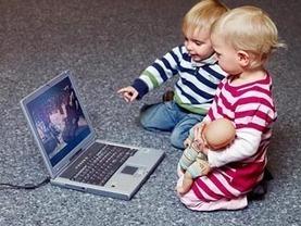 LMZ: Dauerbrenner-Frage: Kleine Kinder von Medien fernhalten oder sie begleiten? | Mediennutzung von Kindern u. Jugendlichen | Scoop.it