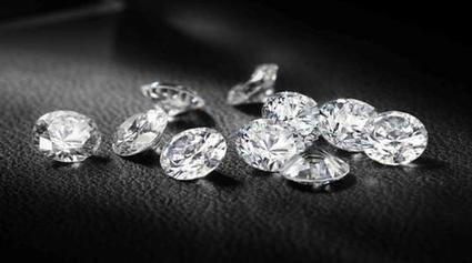 Buying a diamond engagement ring from a Wholesaler vs Retailer | Diamond Hedge | Scoop.it