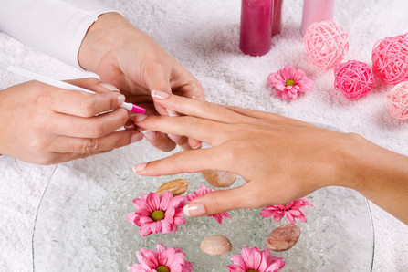 Get A Manicure To Boost Your Confidence   Salon Business Management Tips   Scoop.it