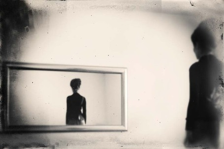 Robert Hutinski: The mirror | Le Journal de la Photographie | Photography Now | Scoop.it