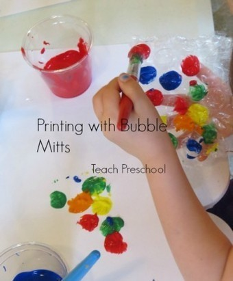 Printing with bubble mitts | Teach Preschool | Scoop.it
