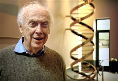 """DNA pioneer James Watson takes aim at """"cancer establishments"""" 