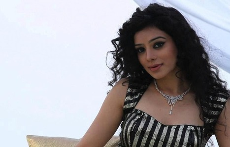 Sukirti Kandpal Wiki, Biography & Photos: Meet Bigg Boss 8 Contestant   Bollywood by BollyMirror   Scoop.it