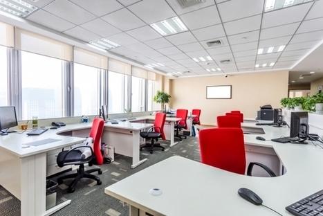 #Infographie : 9 moyens de transformer son bureau en espace de travail idéal I Jennifer Padjemi | Entretiens Professionnels | Scoop.it