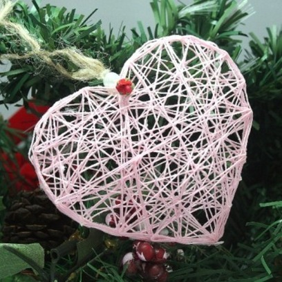 Awesome DIY String Heart Ornament | DI1 | Decorating Ideas | Scoop.it
