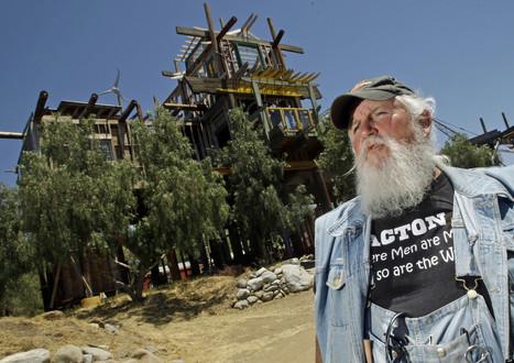 'Phonehenge' Creator To Be Jailed | Strange days indeed... | Scoop.it