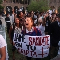 Académicos UC denuncian presión de grupos de derecha para sancionar a alumnos que funaron acto de la Fundación Jaime Guzmán | Basta de Lucro | Scoop.it