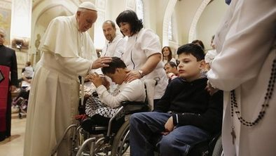 Pope asks Church to focus on poverty | Umbria Wedding and Leisure | Scoop.it