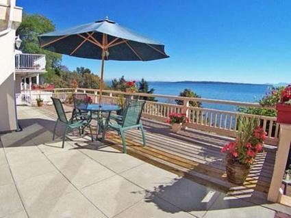 White Rock Bed and Breakfast - Best Places To Stay   Visit White Rock BC, Canada   Scoop.it