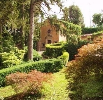 Exterior Area - Lucca Historic Tuscany Villa Pescaglia for sale | LoveYourHome | Scoop.it