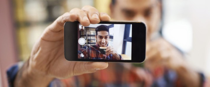 Take A Lot Of Selfies? You Might Be A Psychopath, Science Says | Kinsanity | Scoop.it