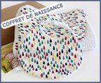 Coffret cadeau - Gouttes multicolores - Essuie de bain, gant de toilette et bavoir | Cadeau de naissance | Scoop.it