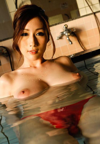 yaponki-goryachie-erotika
