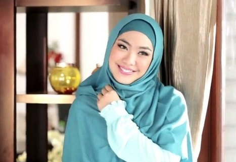 Oki Setiana Dewi, Biodata, Profil dan Foto | Harga Hape Terbaru | Scoop.it