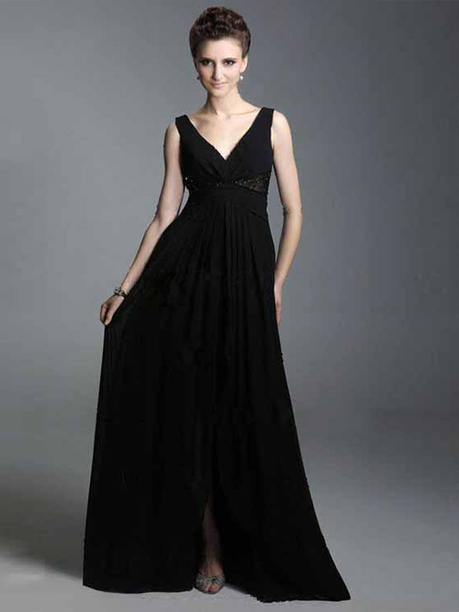 Vestido de Fiesta Negro de Gasa de Corte A de Hasta suelo de Escote en V Con Rosario pickedlook.com | Cocktail dresses online | Scoop.it