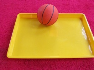 At play with a toddler and a tray | Teach Preschool | Scoop.it