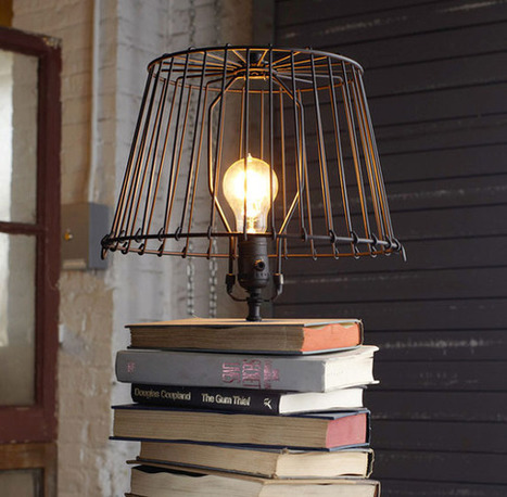comment fabriquer une lampe avec des livres d. Black Bedroom Furniture Sets. Home Design Ideas