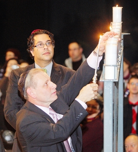 Lighting of Menorah brings message of freedom of expression and religion | Law and Religion | Scoop.it