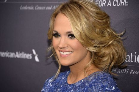 Carrie Underwood Tries a New Hairstyle, Manages to Up the Bombshell Ante ... - Glamour (blog)   Hair style   Scoop.it