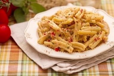 Ricetta Casarecce con pesto alla siciliana - Le Ricette di GialloZafferano.it   Gusto e Passione   Scoop.it