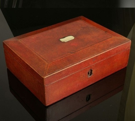 Early 19th Century Sewing Case | Agaric House Antiques | Antiques & Vintage Collectibles | Scoop.it