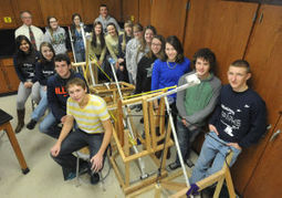 Mattoon physics students salute teacher via contest - Journal Gazette and Times-Courier   Physics is at school   Scoop.it