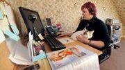 Ce qu'on fait vraiment quand on travaille à domicile | Le BONHEUR comme indice d'épanouissement social et économique. | Scoop.it