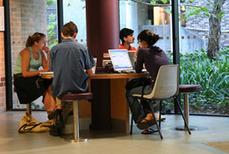 Les étudiants, les TIC, l'enseignement | Formation et culture numérique - Thot Cursus | theodiyayidi@yahoo.fr | Scoop.it