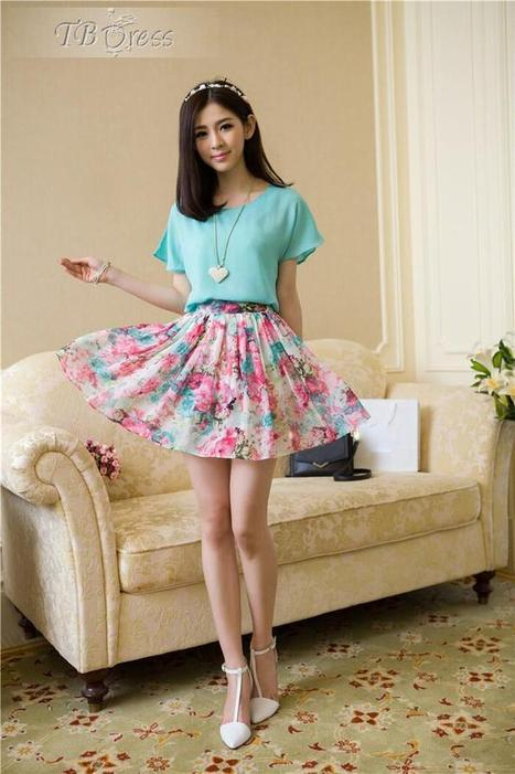 Nice Print Pleated Round-Neck Short Sleeve Short Day Dress Two-Piece Sets   fashion girl   Scoop.it